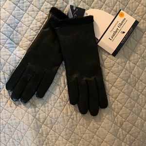 Accessories - New leather gloves with tags